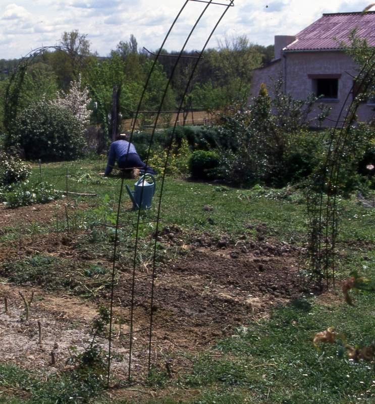 Fixation D Une Arche De Jardin Au Jardin Forum De Jardinage